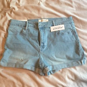 PacSun Super Stretchy shorts